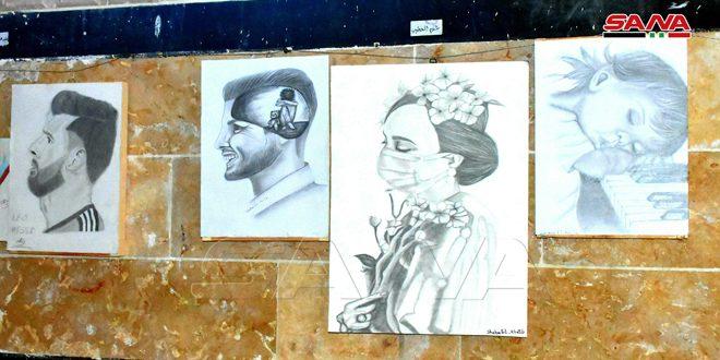 Une exposition d'art à l'ancien Khan Rustom Pacha à Hama