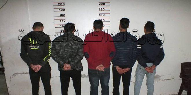 توقيف 12 شخصاً من تجار ومروجي ومتعاطي المواد المخدرة في مدينة جبلة